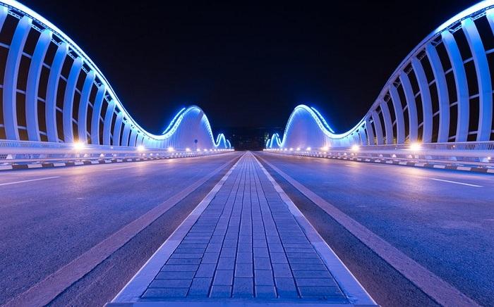 Meydan Bridge - мост в Дубае.