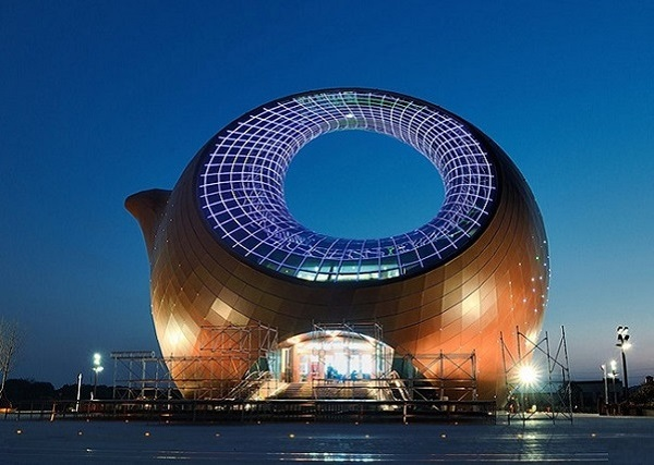 Культурно-выставочный центр Wuxi Wanda Exhibition Center в Китае.