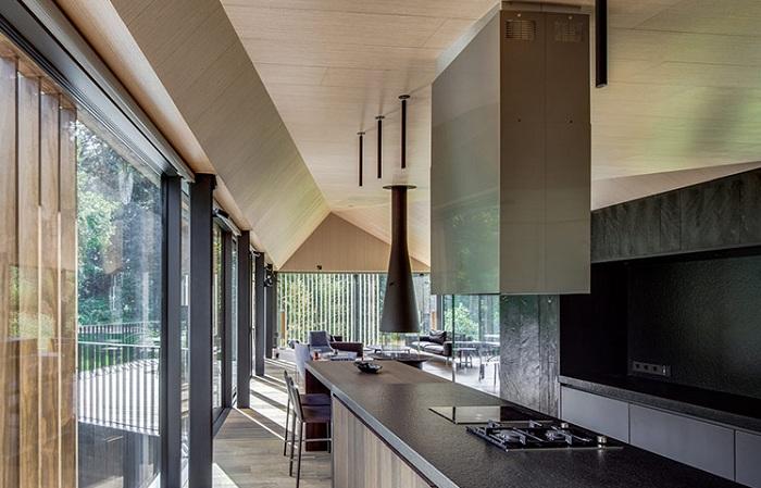 Вилла от архитекторов студии Arches. Кухня.