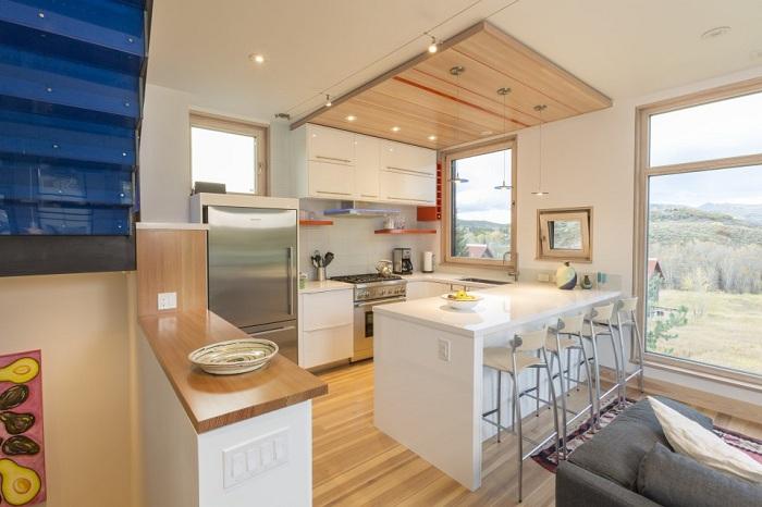 Butcherknife Residence. Кухня.