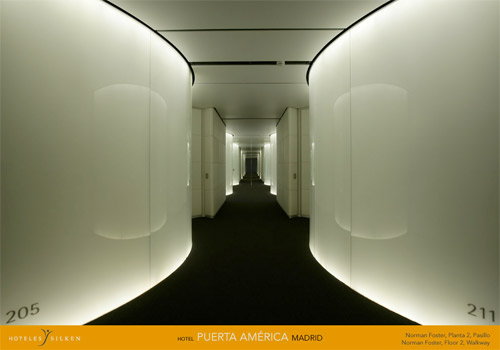 Hallways and Lobby. Norman Foster