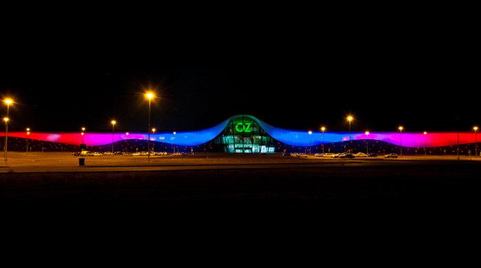 Ночная подсветка ТЦ.