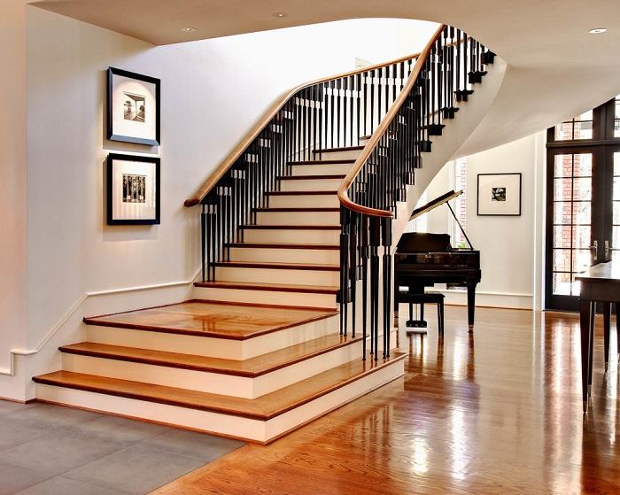 Оригинальная лестница может стать гордостью современного интерьера.