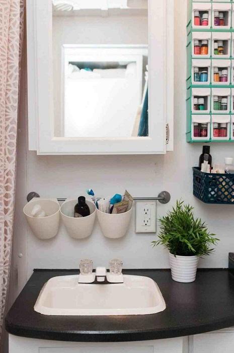 Нужные органайзеры для любой ванной комнаты.