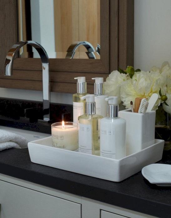 Оригинальный и практичный керамический аксессуар для ванной комнаты.
