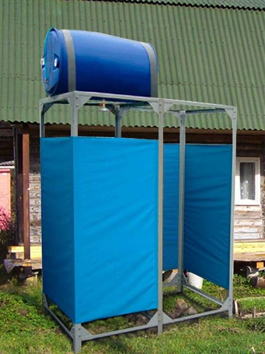 Современная душевая кабинка, пожалуй, одна из наиболее важных построек на участке в летний период.