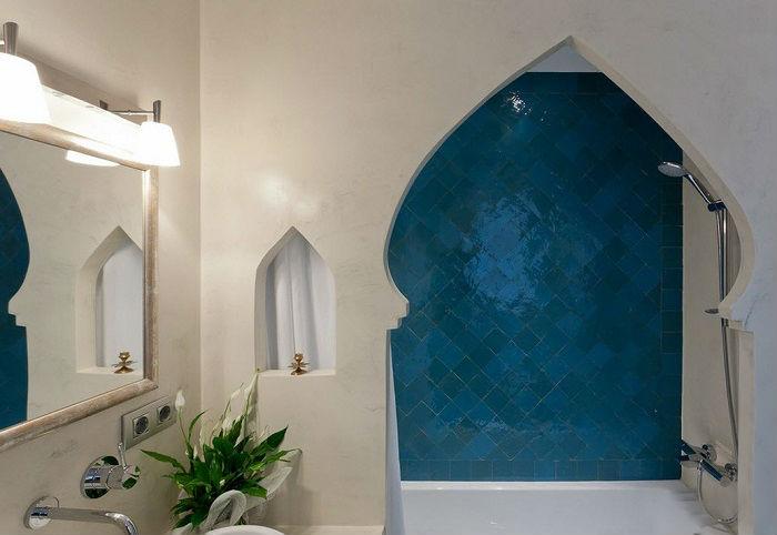 Ланцетовидные арки часто применяются современными дизайнерами для создания помещений в арабском стиле.