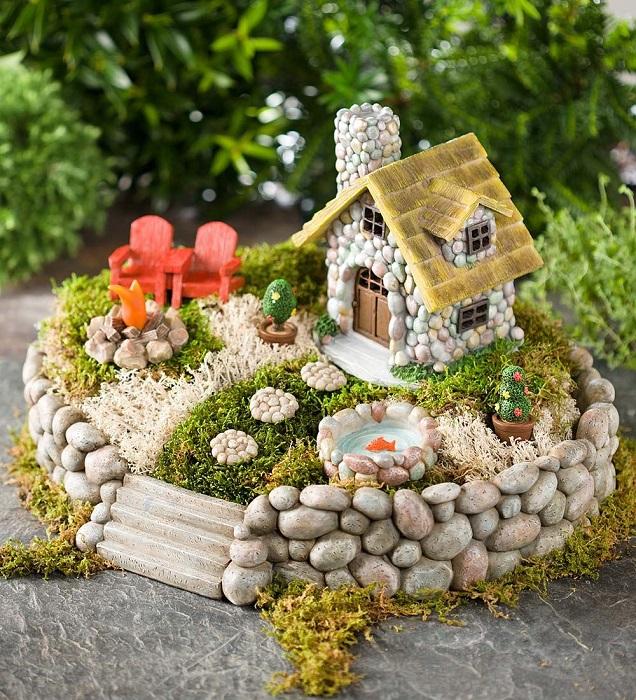 Маленькая модель садового участка.