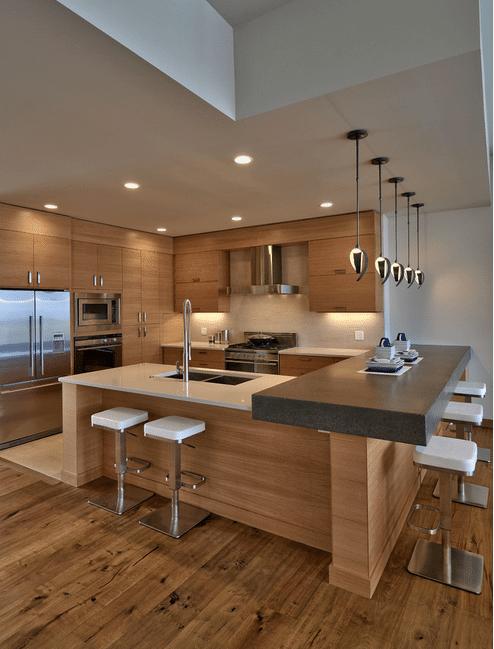 Кухня из светлой породы древесины - оригинальный пример, как создать комфортное пространство.