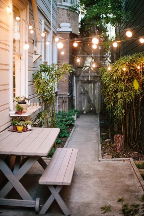 Блестящая идея по обустройству дачного участка, который создаст прекрасное первое впечатление от дома.