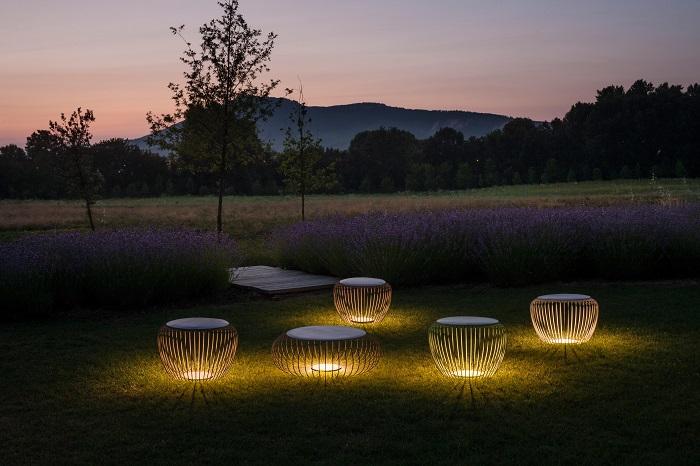 Роскошные деревянные садовые светильники, которые сделают участок изысканным и уютным.