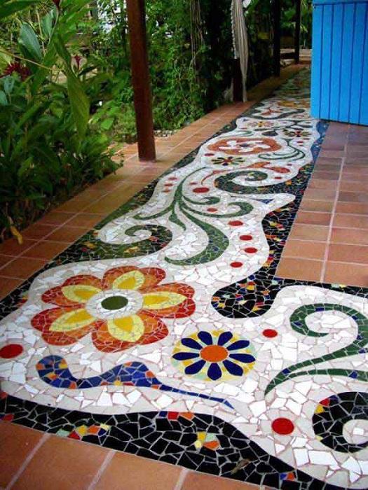 Каменная мозаика – неувядающая классика дизайна, которая продолжает набирать популярность.