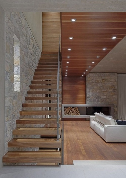 Великолепная лестница, которая станет основной деталью загородного дома.