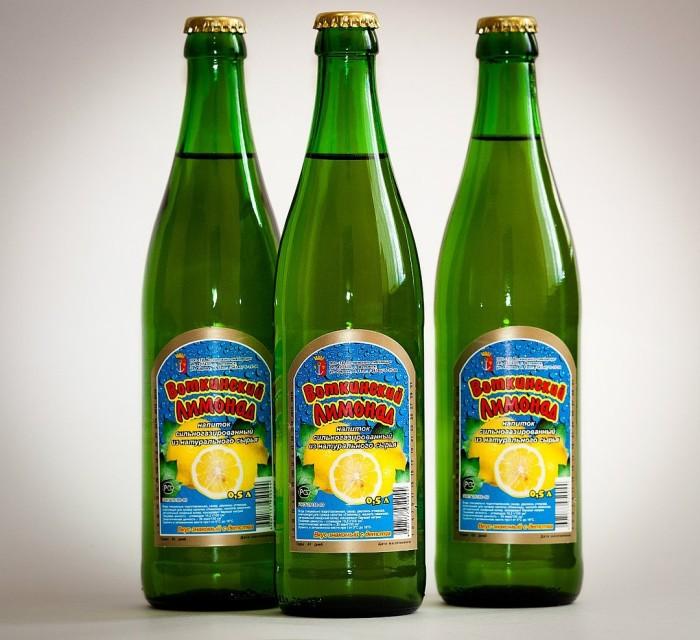 Газированный и освежающий безалкогольный напиток.
