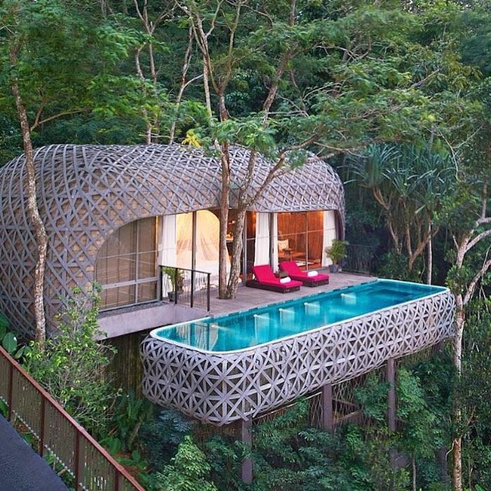 Дом с бассейном на дереве в Таиланде, Юго-Восточная Азия.
