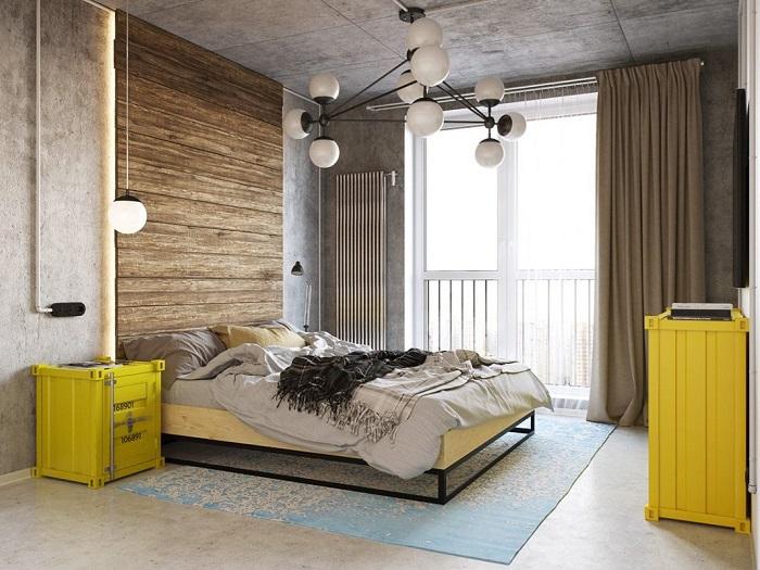 Изголовье из дорогой древесины сделает спальню уютной и экологичной.