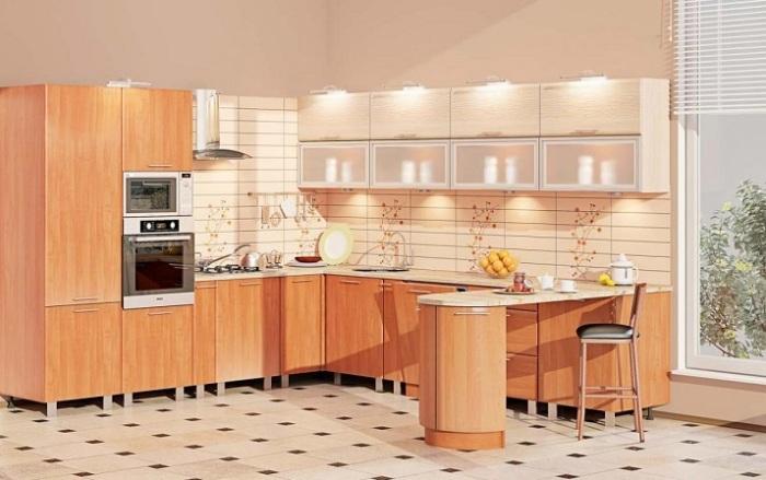 Универсальная модульная стенка с барной стойкой, которая подойдёт как для малогабаритного помещения, так и для просторной кухни.