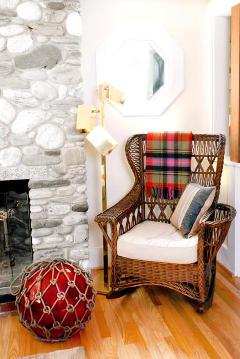 Удобная и прочная мебель, которая украсит любой современный интерьер.
