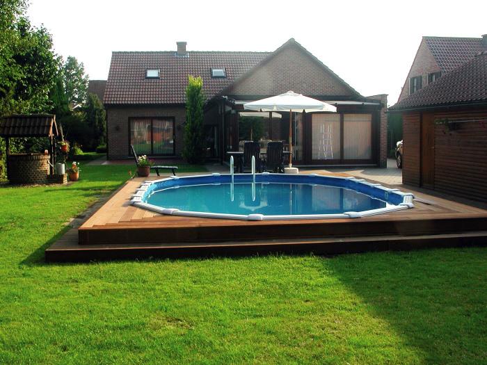 Плавательный бассейн даёт прекрасную возможность насладится водными процедурами.