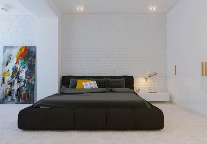 Акцентная кровать в спальной комнате как проявление индивидуальности в интерьере.