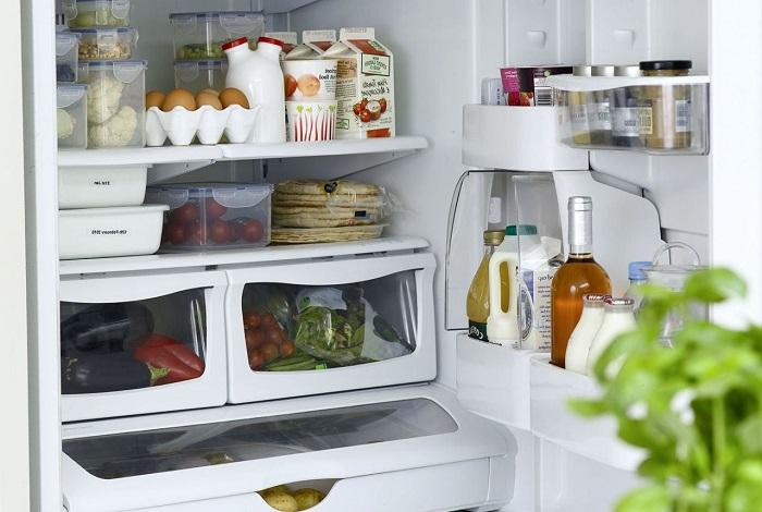 Дополнительные камеры хранения в холодильнике.