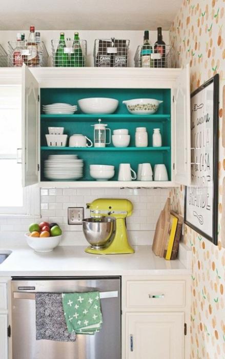 Металлические решётчатые конструкции, которые отлично подойдут для хранения кухонных принадлежностей.