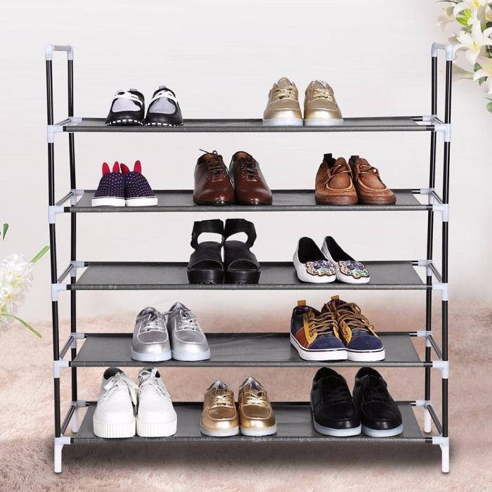 Бюджетный алюминиевый стеллаж для хранения обуви.