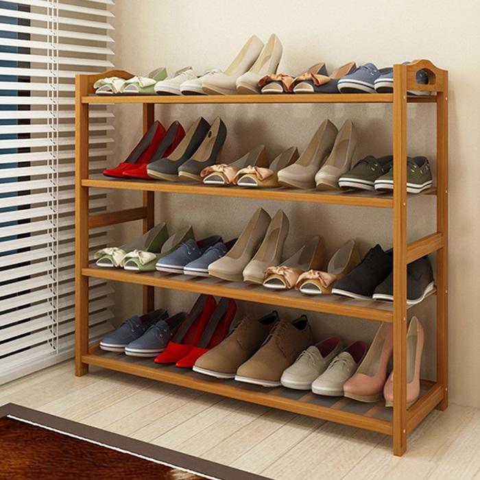 Деревянный стеллаж для обуви, который можно легко сделать своими руками.