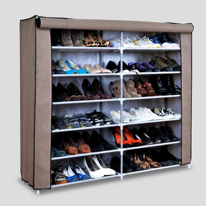 Многоярусная мебельная конструкция для обуви.