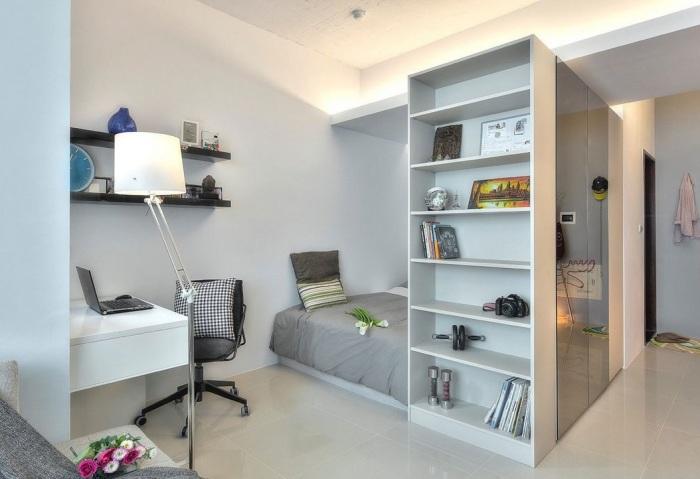 В малогабаритном помещении необходимо тщательно продумывать расстановку мебели.