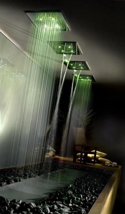 Бионический хай-тек - слияние современных технологий с природными материалами.