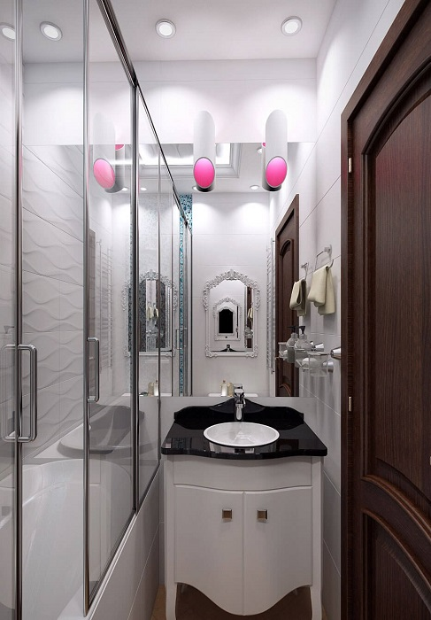 Оттенки в интерьере ванной комнаты, которые визуально расширяют пространство.