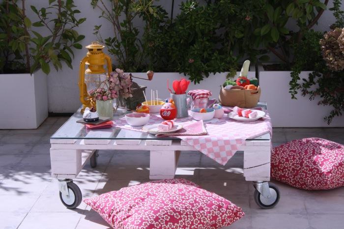 Удобный кофейный столик из европоддона, сделанный своими руками.