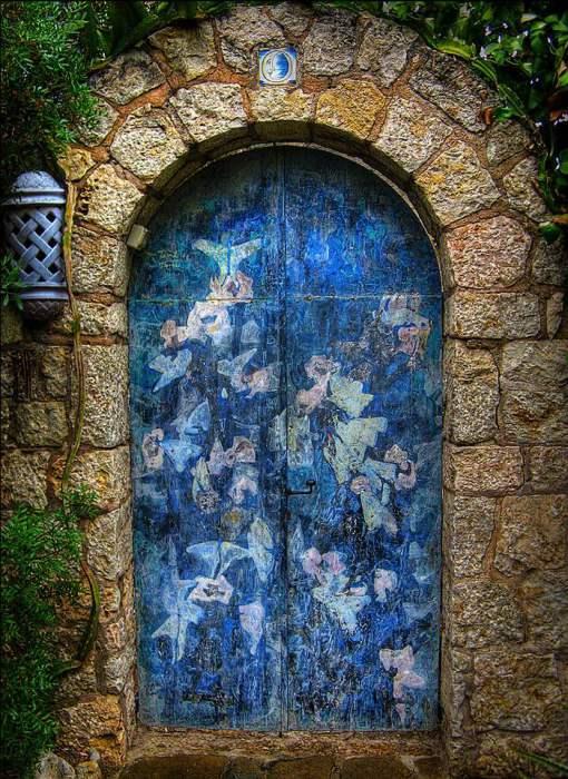 Ангельская дверь.