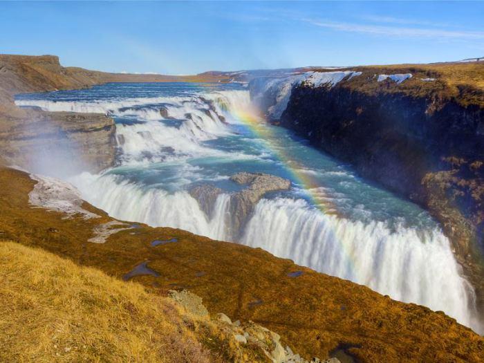 «Золотой водопад» в Исландии.