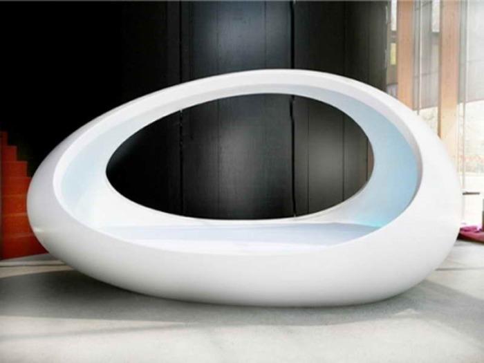 Кровать в современном стиле.