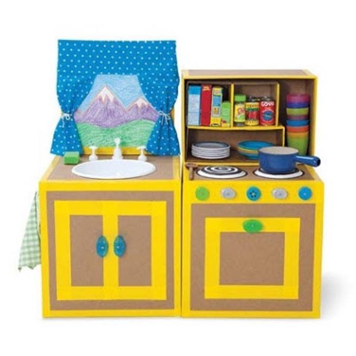 Замечательная кухонька для детей.