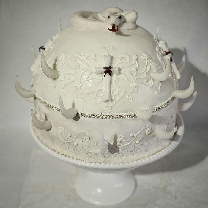 Хоррор-пироженое.