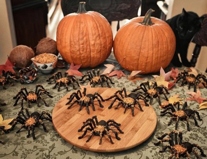 Шоколадные пауки на Хэллоуин.