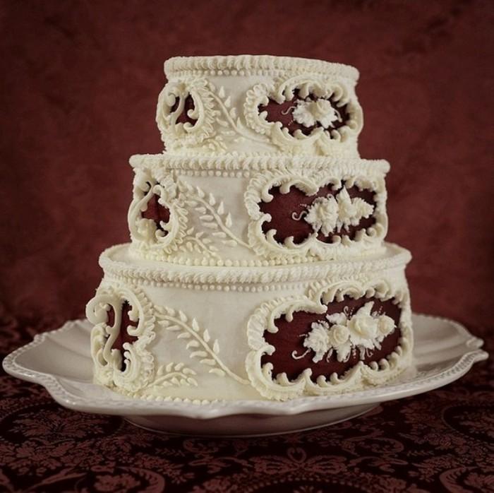 Элегантный торт в стиле нуар.