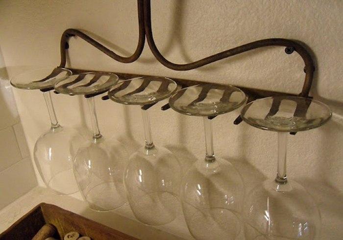 Отличная идея создания неповторимого и функционального декора на кухне.