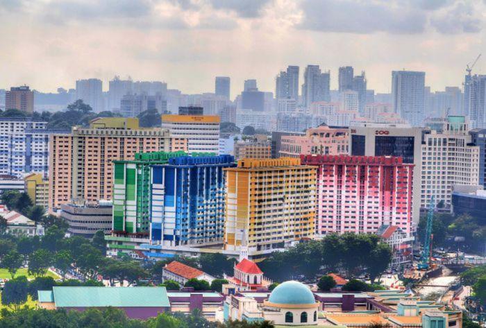 Восхитительный красочный жилой комплекс.