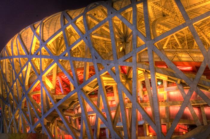 Национальный стадион, известный под названием «Птичье гнездо».