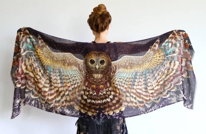 Оригинальный шарф с совой.
