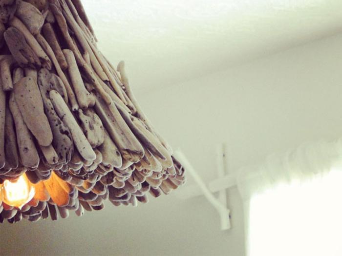 Необычная лампа из коряги.