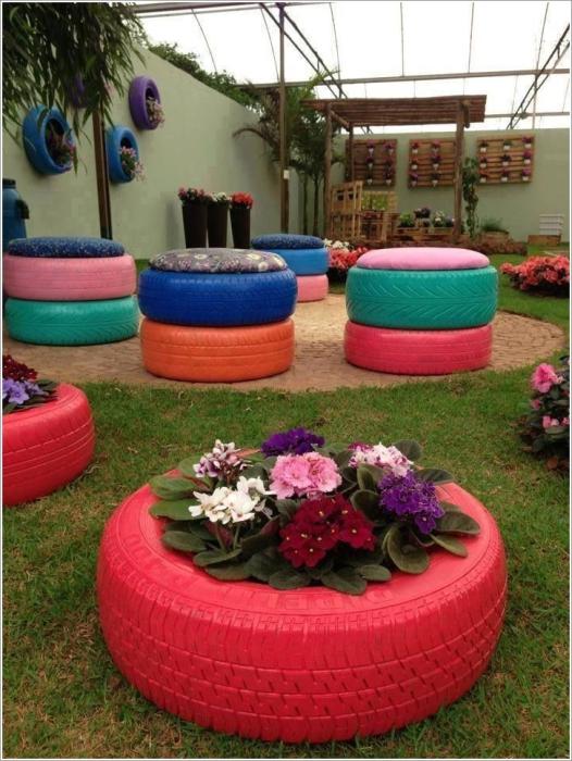 Цветочные клумбы из покрышек фото