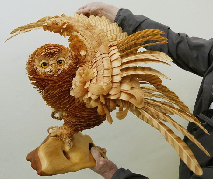 Удивительная деревянная сова от талантливого российского скульптора.