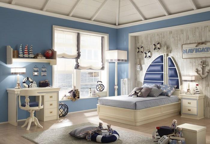 Крутая кровать в виде яхты.