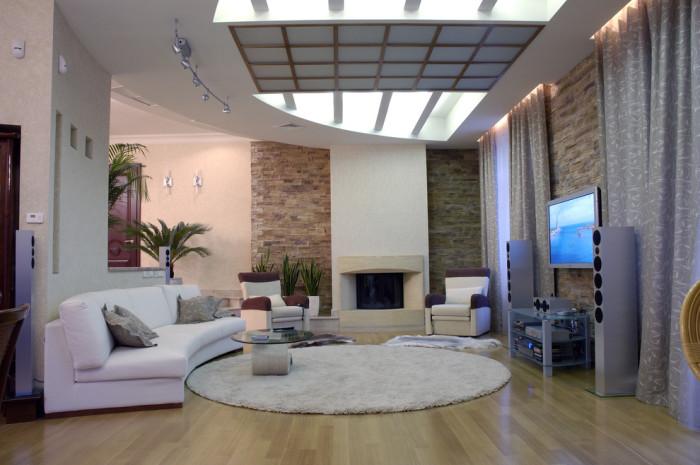 Белый диван для гостиной.