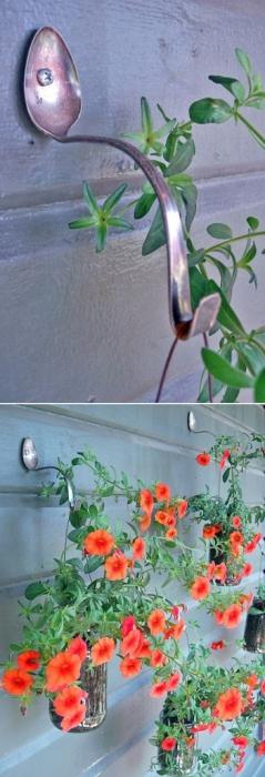 Замечательный крючок для небольших горшков с растениями.